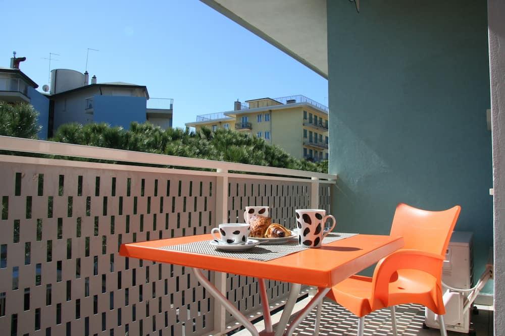 Dzīvokļnumurs, viena guļamistaba, terase, skats uz pilsētu - Balkons