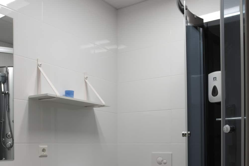 Enkeltværelse - Fælles badeværelse