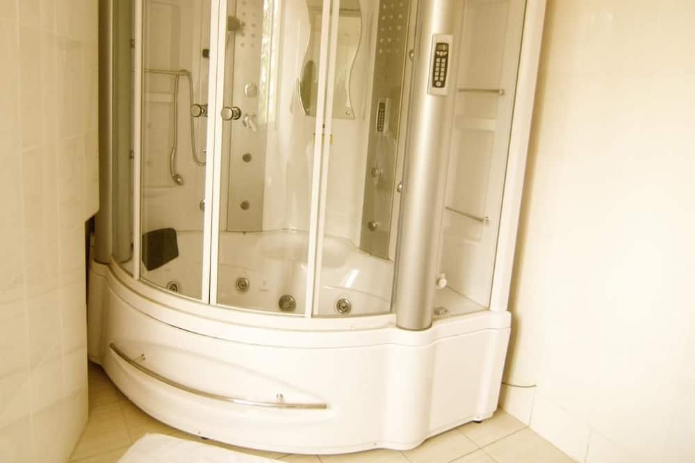 高級套房 - 浴室淋浴