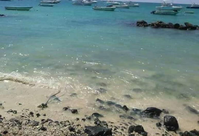 Le Blues, Grand-Baie, Playa