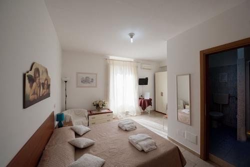 玫瑰極地飯店/