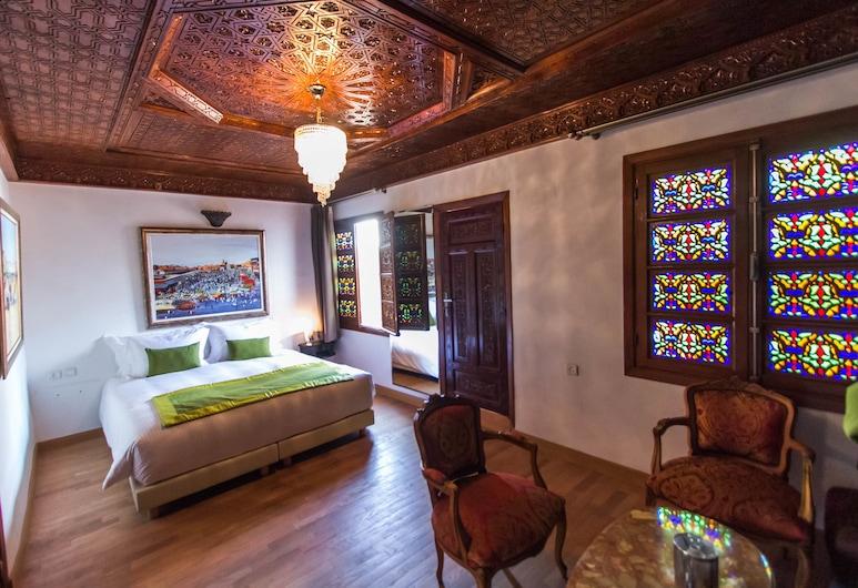 Riad Fes Andalucia, Fès, Chambre Double Deluxe, baignoire, Chambre