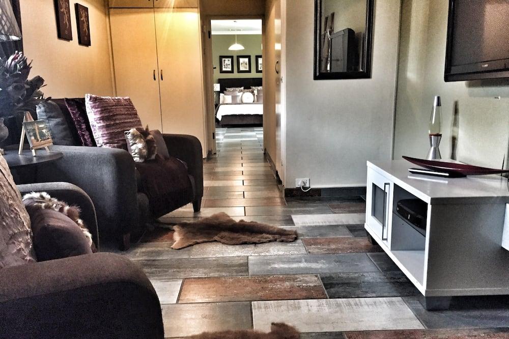 Superior Suite, 1 Bedroom - Living Room