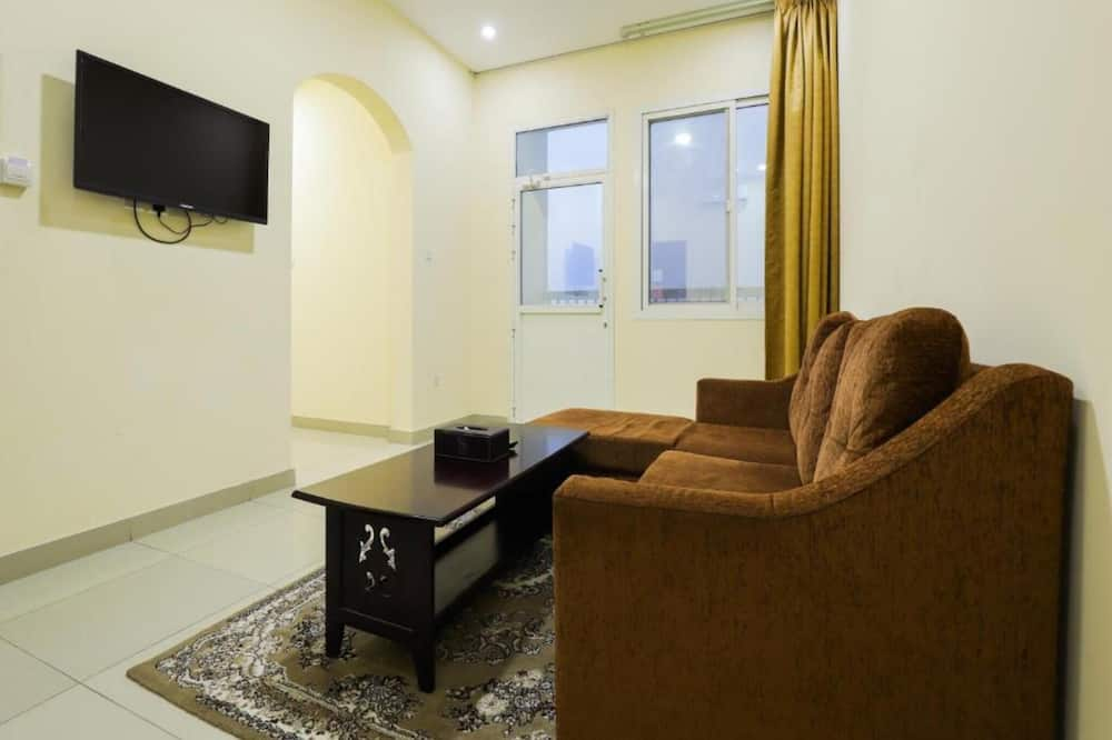 Triple Suite with Living Room - Living Area