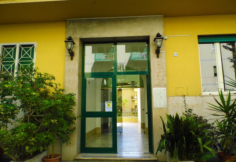 Striitbed B&B, Naples, Hotel Entrance