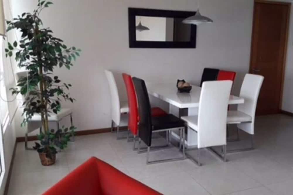 家庭公寓, 3 间卧室, 私人浴室 - 客房送餐