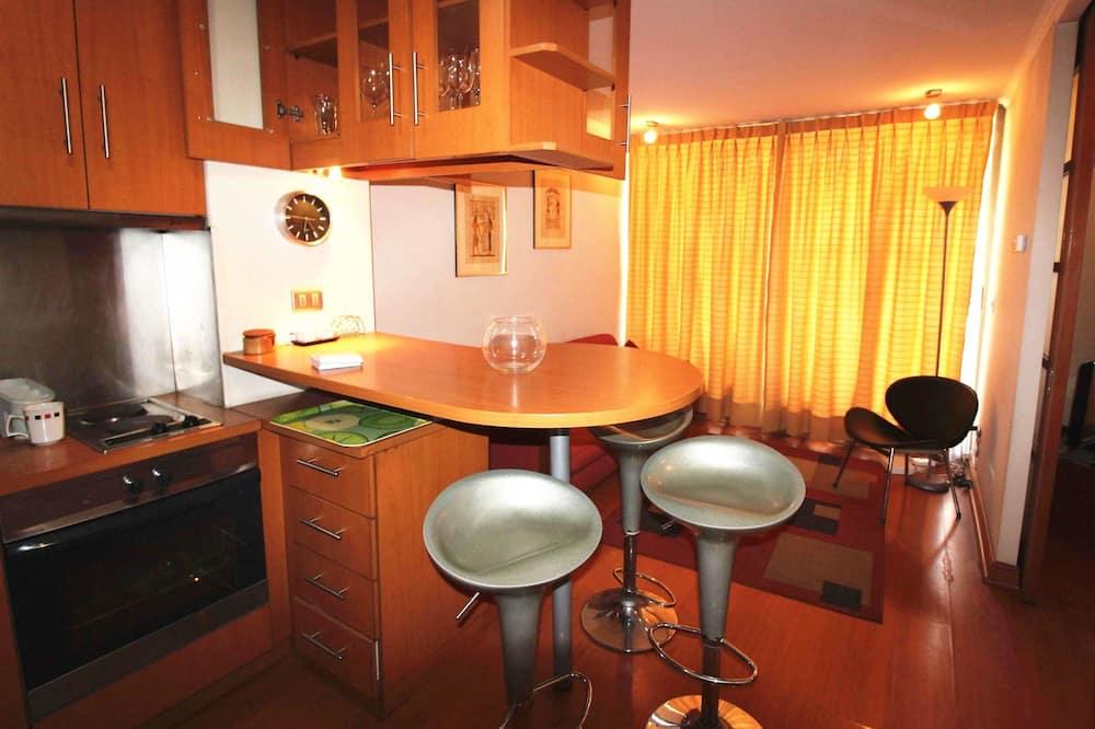 شقة عادية - سرير ملكي مع أريكة سرير - منطقة المعيشة