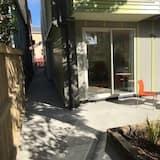 City Studio with Kitchenette - Terrace/Patio