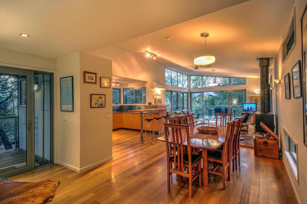 Exclusive House, 3 Bedrooms, Mountain View, Mountainside - In-Room Dining