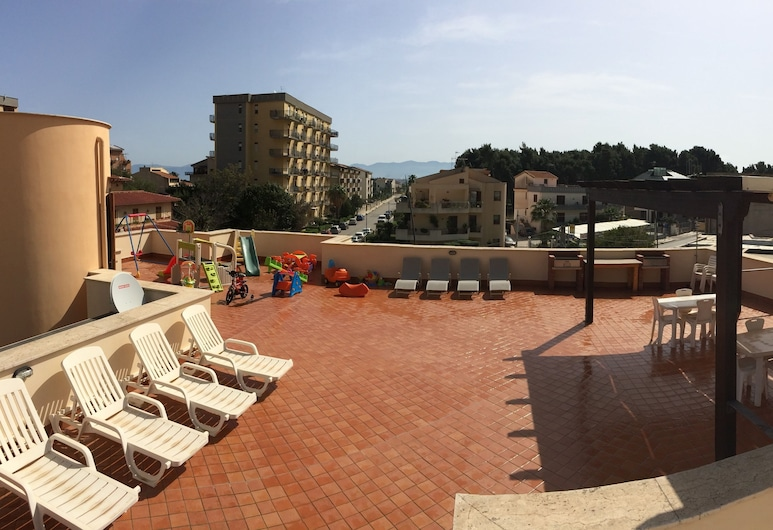 Villa Gelvi, Castellammare del Golfo, Terrace/Patio