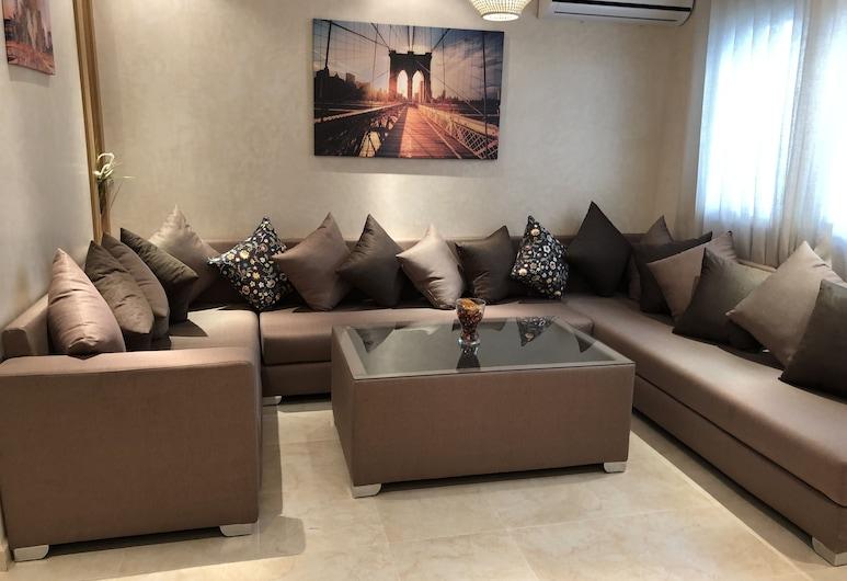 JB Apartment, Kenitra, Konungleg íbúð - 2 svefnherbergi - eldhús, Stofa