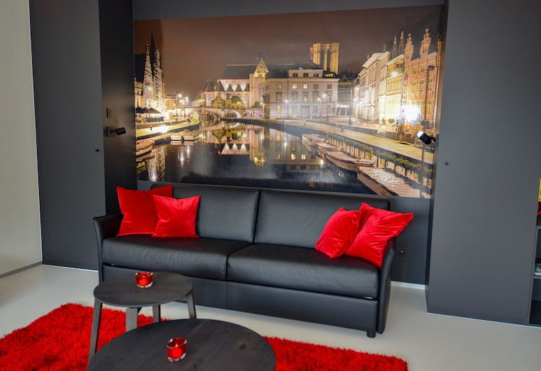 洛爾德亨特飯店, 根特, 尊爵頂樓客房, 1 張特大雙人床和 1 張沙發床, 城市景觀, 客廳