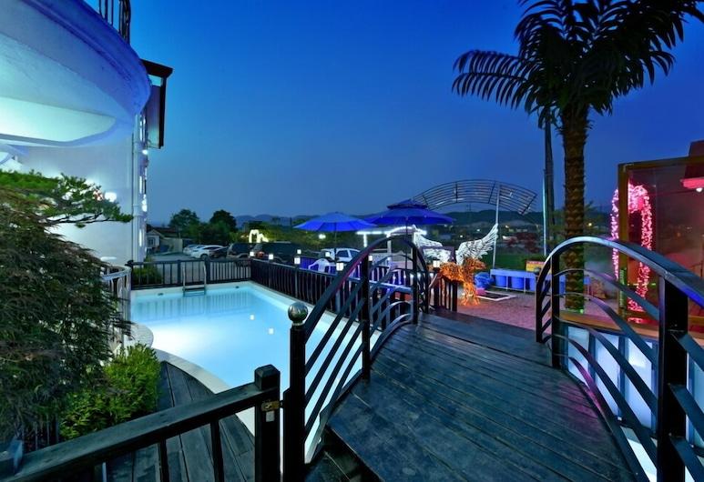 慶州波蒙普羅佩斯旅館, 慶州, 室外游泳池