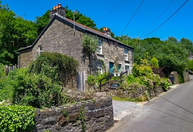 Nant Cottage, Swansea