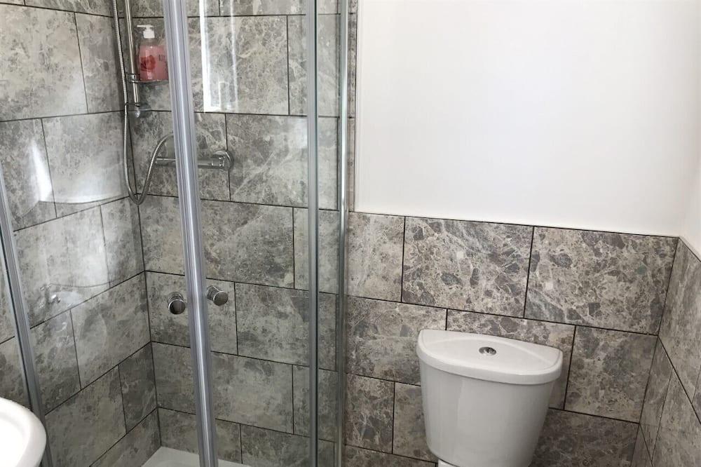 Chambre Double Familiale, salle de bains attenante - Salle de bain