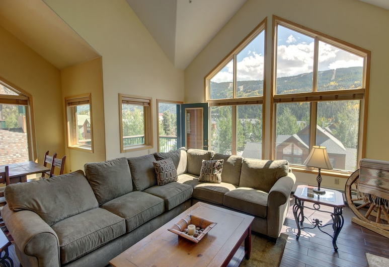 Gateway Lodge 5089, Keystone, Standard Condo, 4 Bedrooms, Hot Tub, Living Area