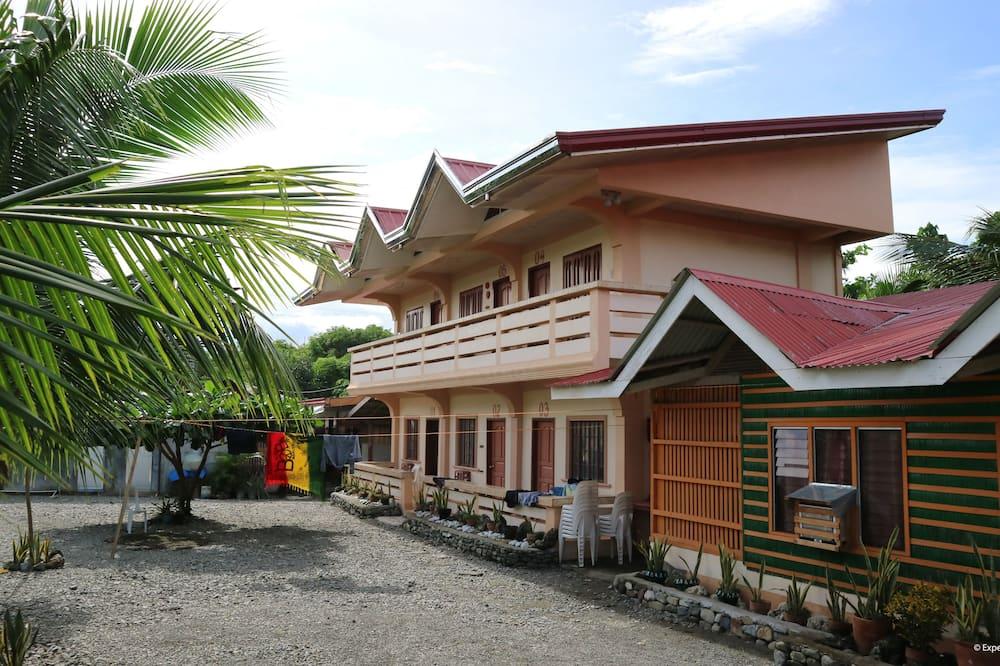 DRV Family House