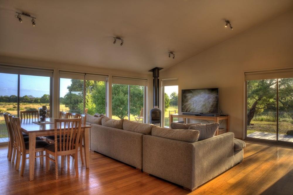 Standartinio tipo namas, 3 miegamieji, 2 miegamieji, vaizdas į kalnus - Svetainės zona