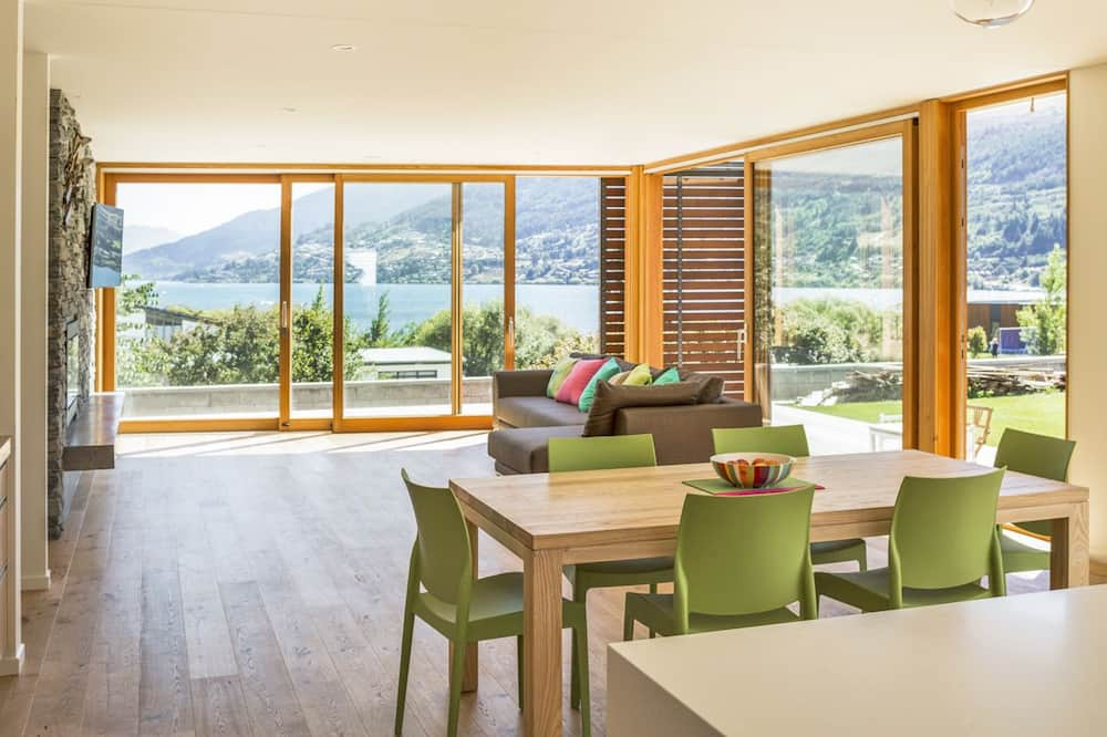 Family Σπίτι σε Συγκρότημα Κατοικιών, 3 Υπνοδωμάτια, Θέα στη Λίμνη - Περιοχή καθιστικού