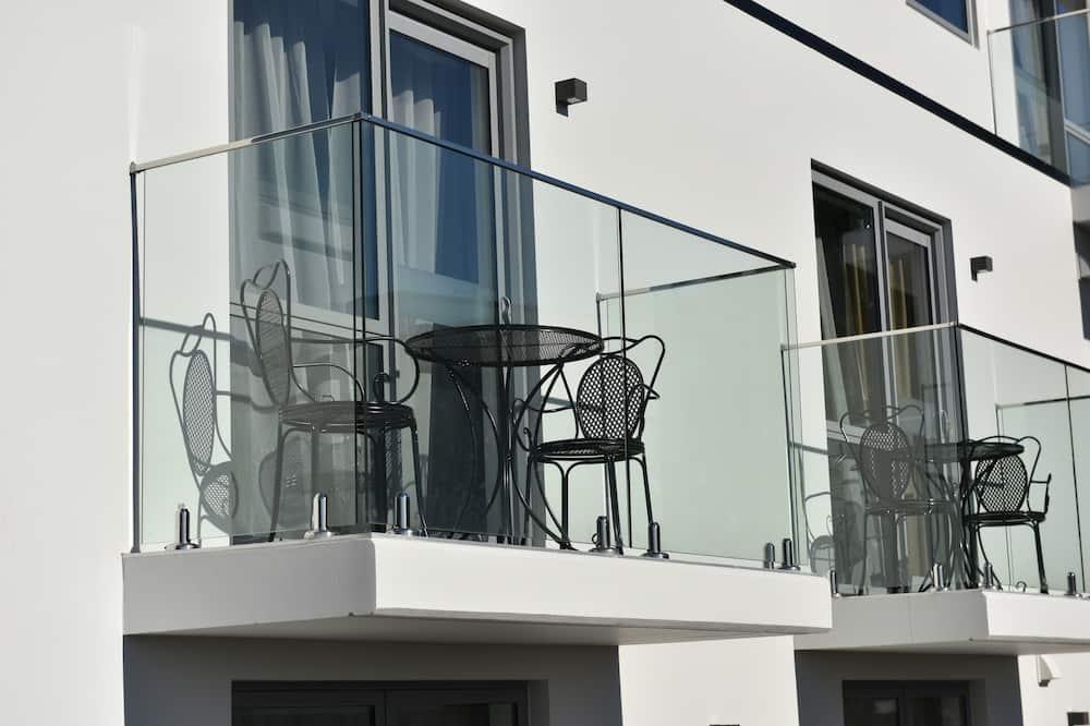 Suite, 1 Bedroom, City View - Balcony