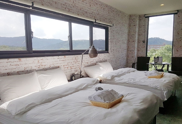 Dou House, Yuchi, Quadruple Room, Mountain View, Guest Room