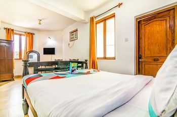 ภาพ FabExpress Barday's Inn ใน คาลังกูท