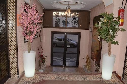 德利拉斯飯店/