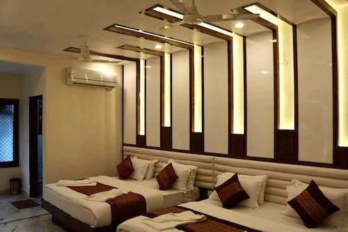 新印度斯坦背包客天堂飯店/