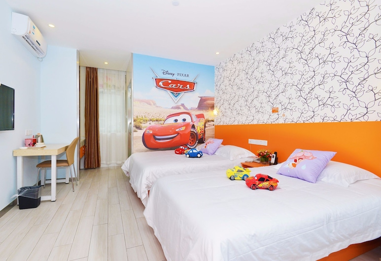 LIJING SELECTED HOTEL, Shanghai, Deluxe Family Room, Guest Room