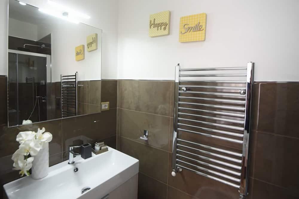 Pokoj Deluxe s dvojlůžkem, balkon - Koupelna