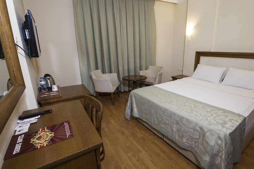 Tarbus Hotel