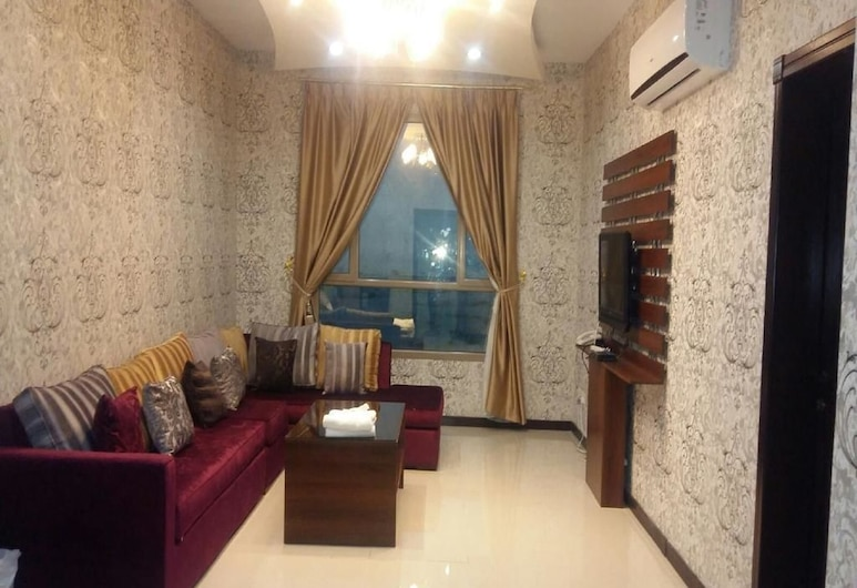 Dana Plaza 1, Manama, Apartment, 2 Bedrooms, Living Area