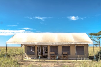 Picture of Gnu Mara River Camp in Serengeti National Park