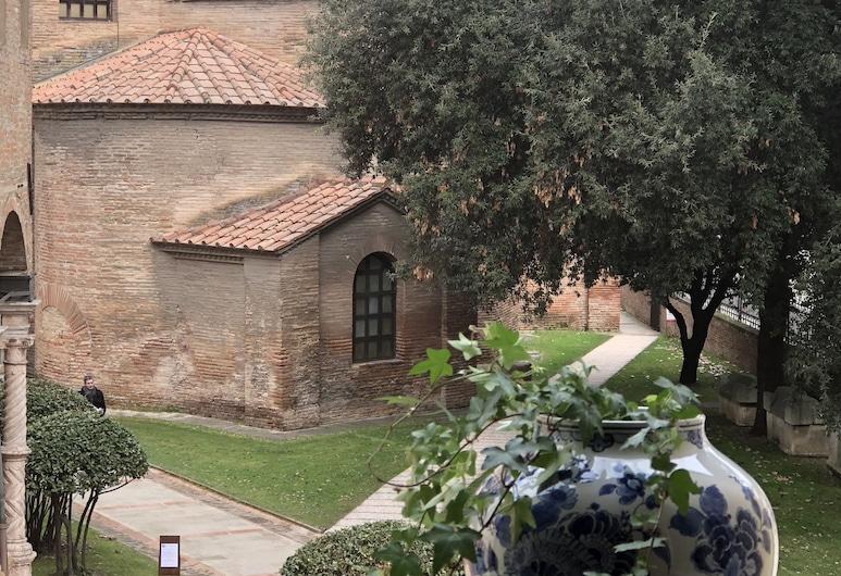 Le Case di San Vitale, Ravenna, Exteriör