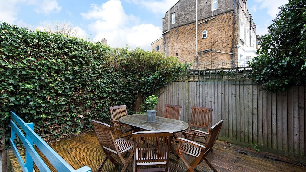 Comfortable 2br Flat Near Clapham Junction London Apartment 2 Bedrooms Terrace