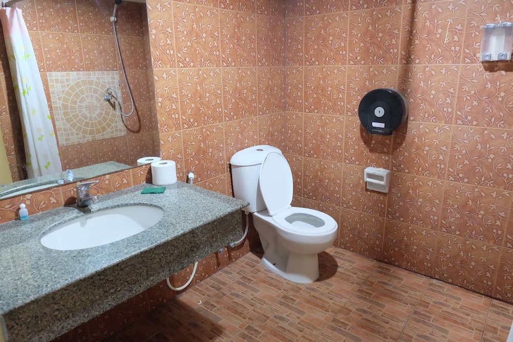 4-Bed Mixed Dormitory  - Vannituba