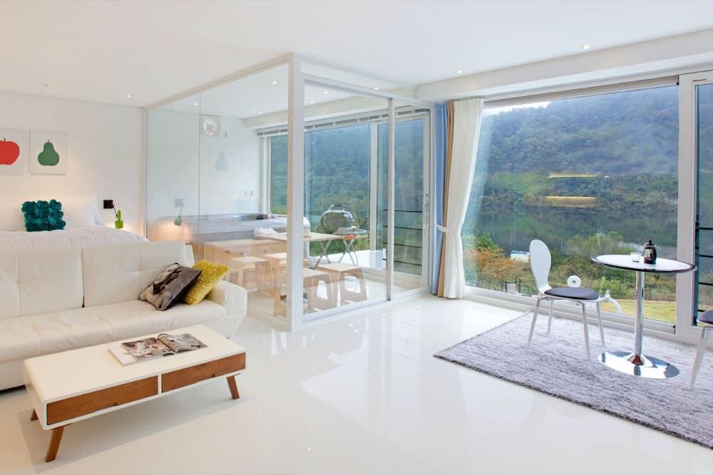 Pokoj (L 202) - Obývací prostor