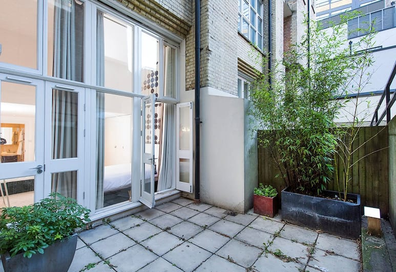 Sleek, Stylish 2BR Home in Shoreditch, London, Apartment, 2 Bedrooms, Terrace/Patio