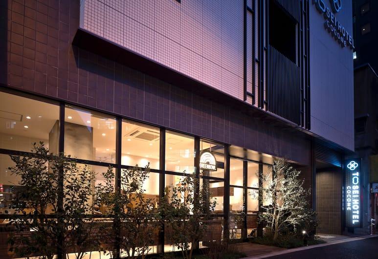 Tosei Hotel Cocone Kanda, Tokyo, Hotellets facade - aften/nat