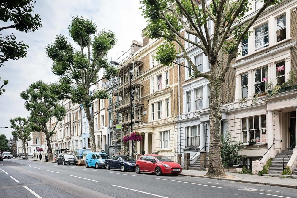 Book Stylish 2br Notting Hill Apartment with Garden! in Dixcove ...