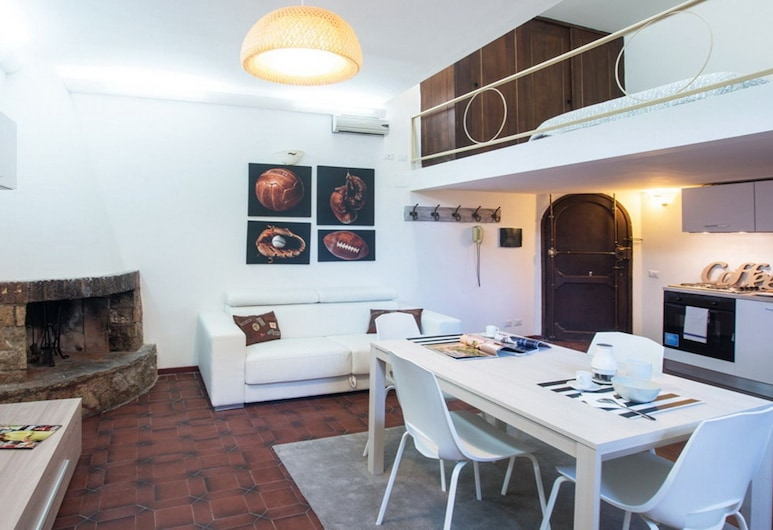 Rent In Rome - Trastevere Suite, Rome, Apartment, 1 Bedroom, Living Area