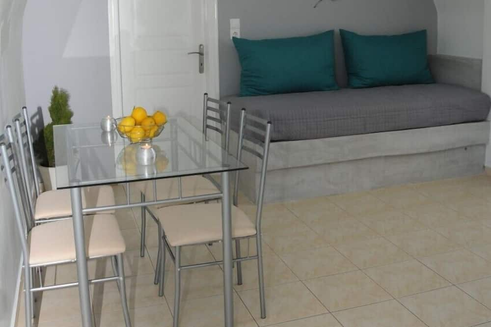 Apartment, 1 Bedroom, Balcony, City View - Ruang Tamu