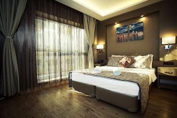Picture of HOTEL IZ in Izmir