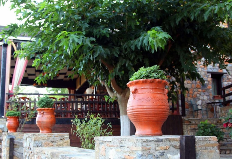 Kyveli Boutique Hotel, Dio-Olympos, Property Grounds