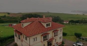 Picture of Apartamentos Mirapeñas in Gijon - Asturias Coast (area)