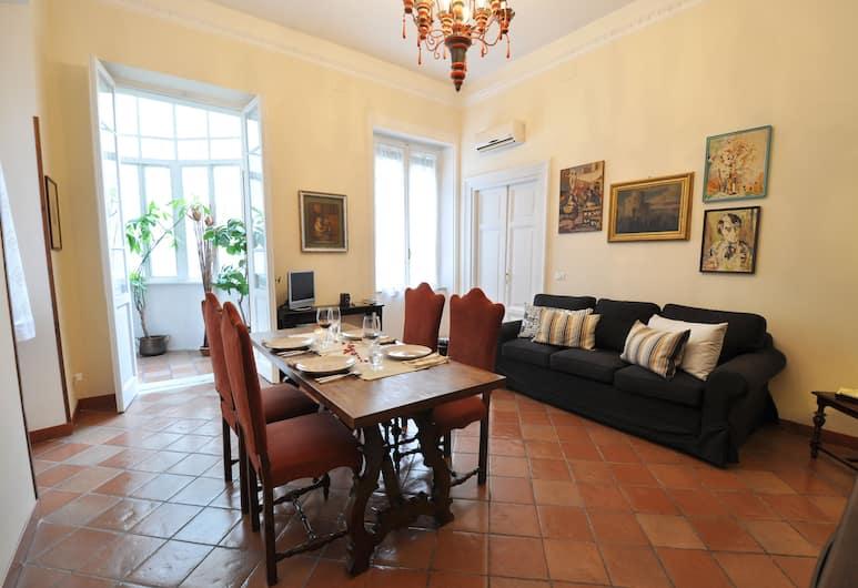 Casa Visconti's St. Peter, Roma, Appartamento Deluxe, Soggiorno