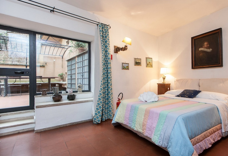 Rental in Rome Arco Ciambella Loft, Rome, Apartment, 1 Bedroom, Balcony, Room