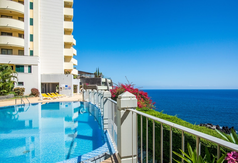 The Cliff Side Apartment by MHM, Funchal, Outdoor Pool