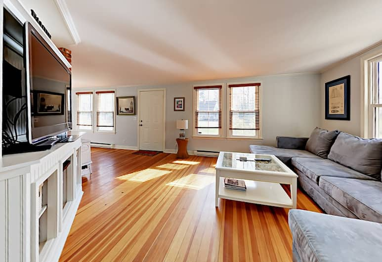 4 Briarwood Drive Home, Kennebunkport, House, 3 Bedrooms, Living Area