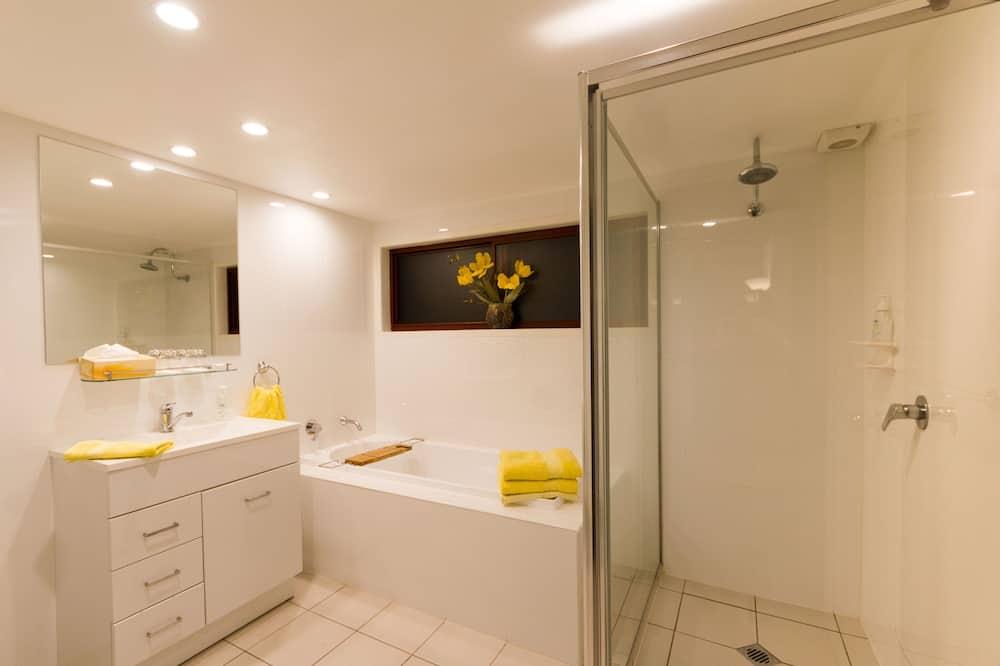 Maison Luxe, plusieurs lits, patio, vue montagne - Salle de bain